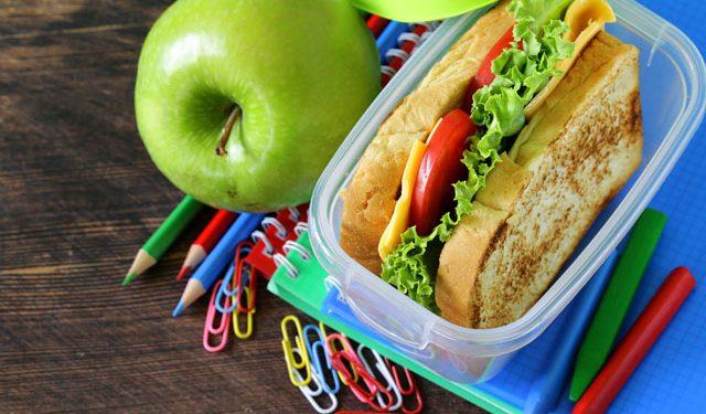 iStock_43342360_SIZED-School-Lunch-640x375